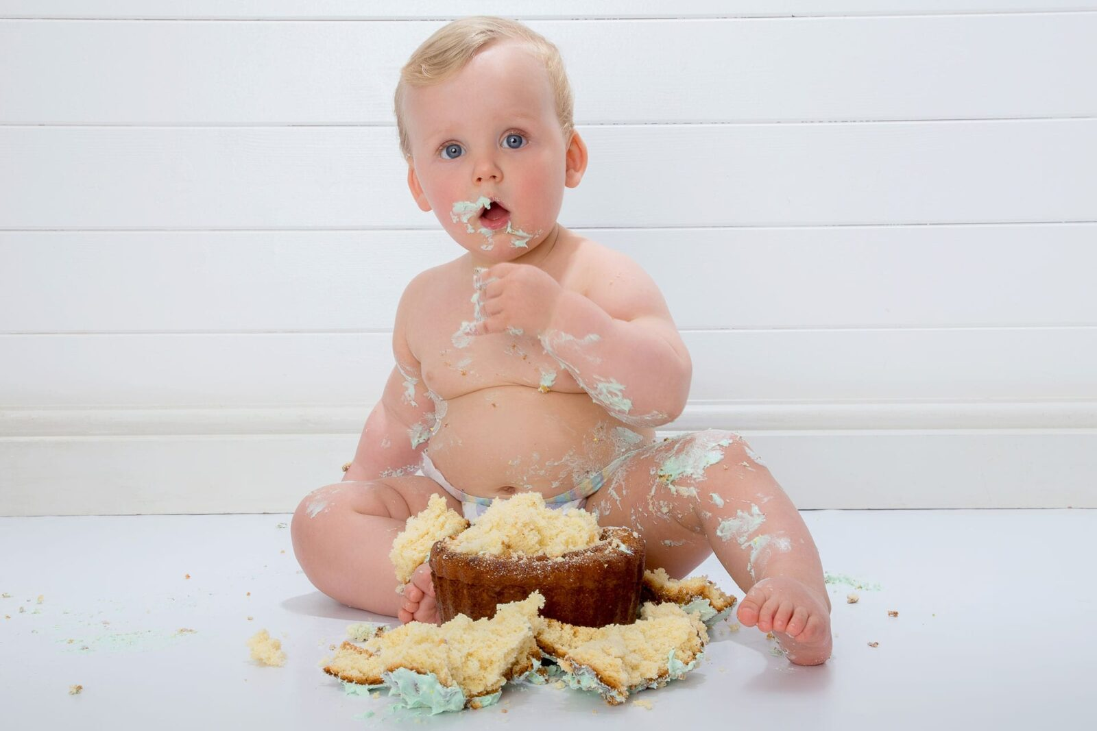 Cake_Smash_2_Zoom_Photography_Studio